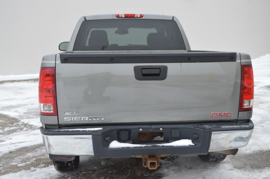 2009 GMC SIERRA 1500 for sale at TKP Auto Sales