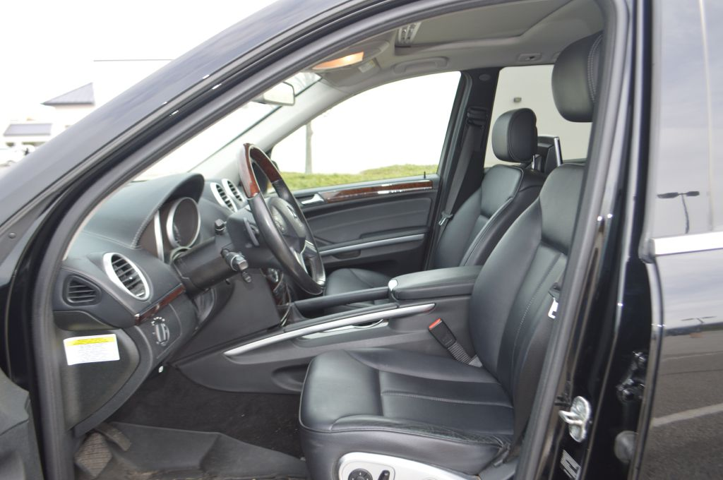 2010 MERCEDES-BENZ GL 450 4MATIC for sale at TKP Auto Sales