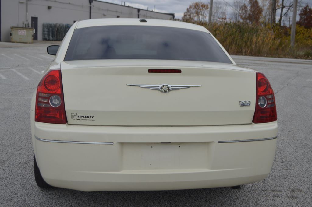 2009 CHRYSLER 300 TOURING for sale at TKP Auto Sales