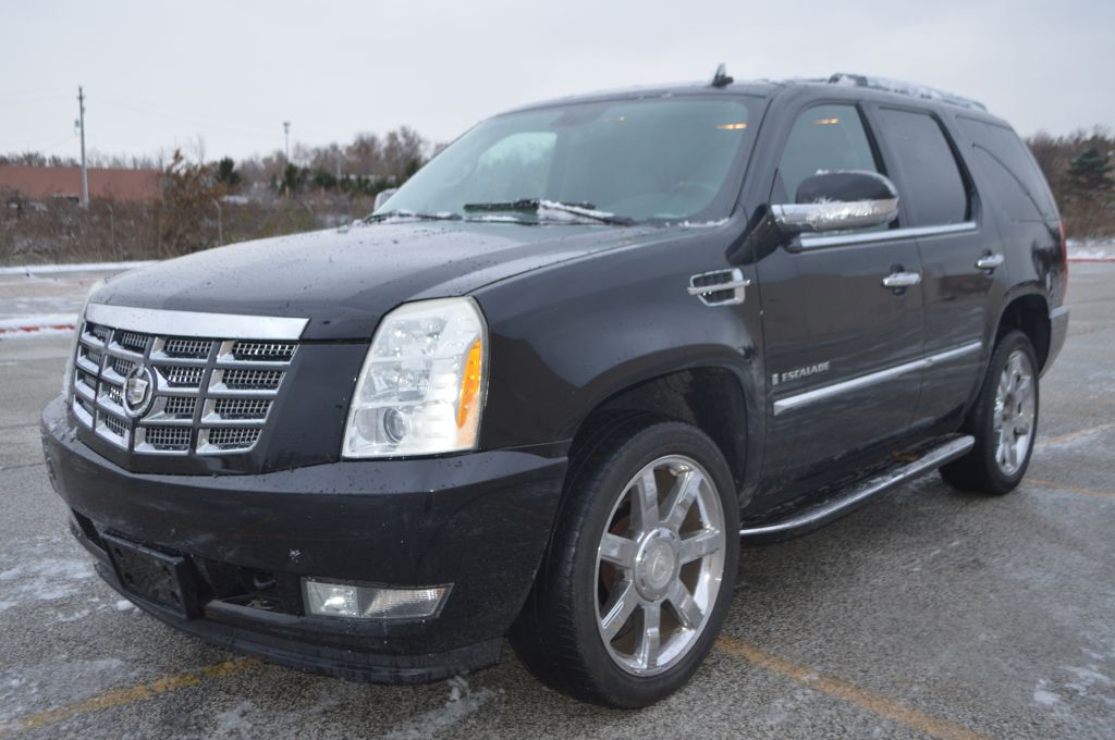2008 CADILLAC ESCALADE LUXURY for sale at TKP Auto Sales