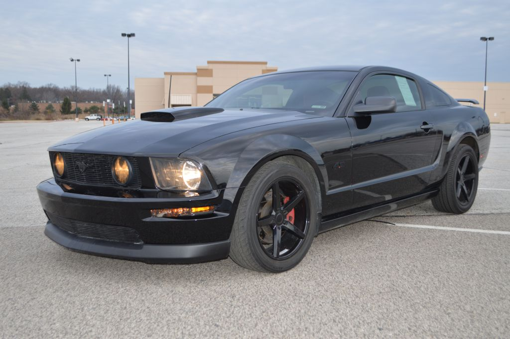 2007 FORD MUSTANG for sale at TKP Auto Sales