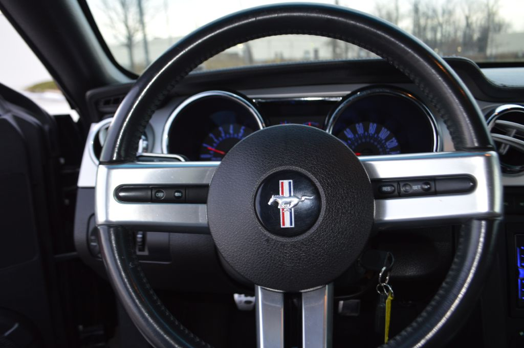 2007 FORD MUSTANG GT for sale at TKP Auto Sales