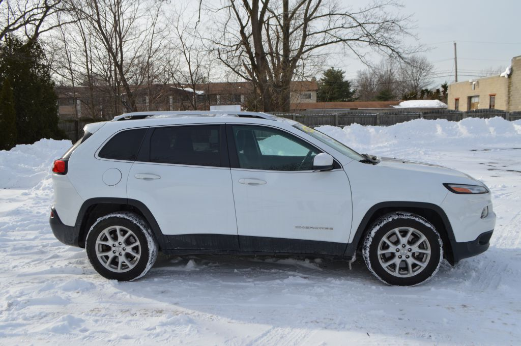 2014 JEEP CHEROKEE LATITUDE for sale at TKP Auto Sales