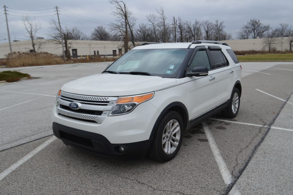 2011 FORD EXPLORER XLT for sale in Eastlake, Ohio