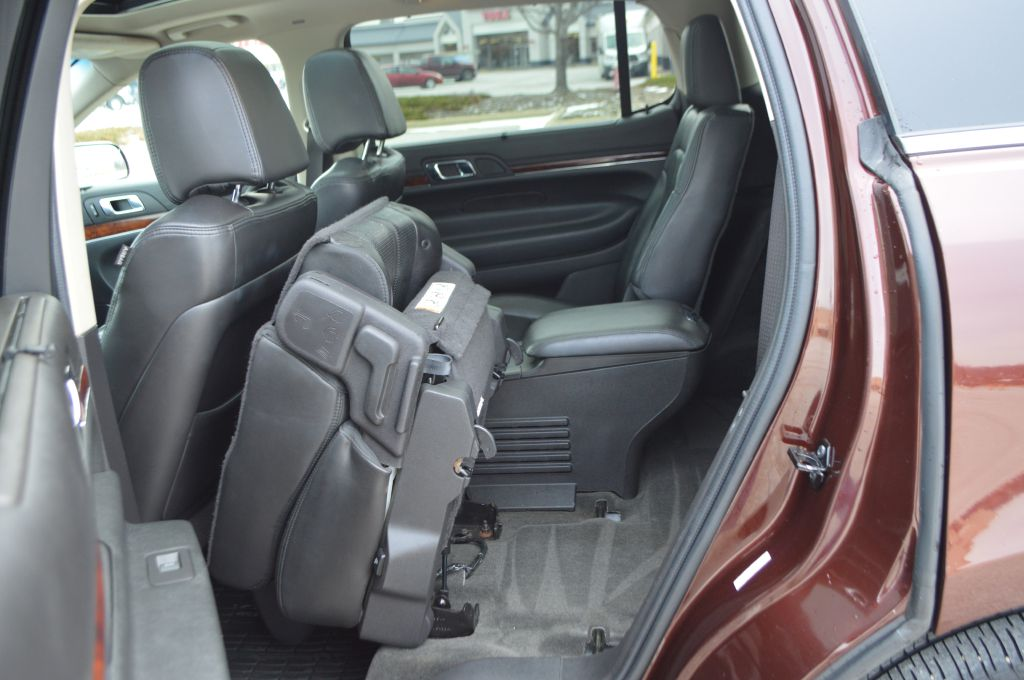 2010 LINCOLN MKT  for sale at TKP Auto Sales