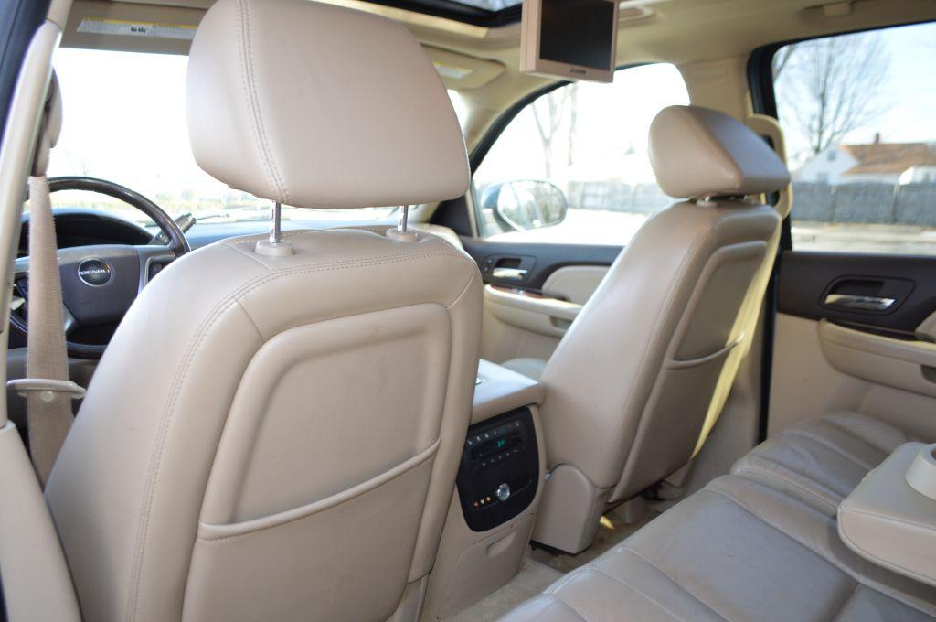 2007 GMC YUKON DENALI for sale at TKP Auto Sales