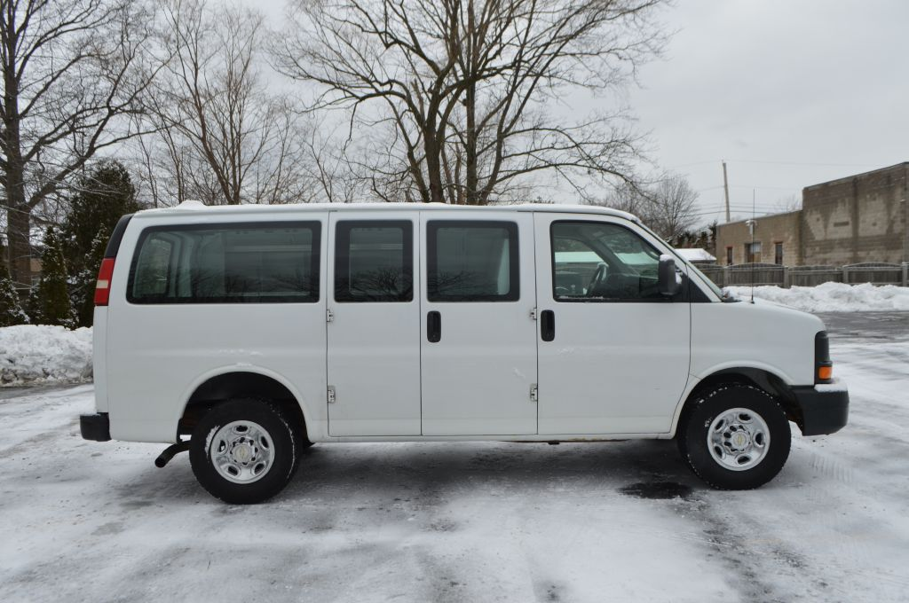 2010 CHEVROLET EXPRESS G2500  for sale at TKP Auto Sales