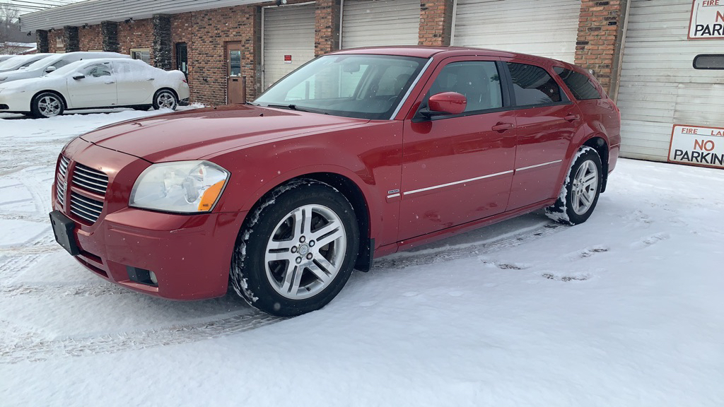 2005 DODGE MAGNUM for sale at TKP Auto Sales