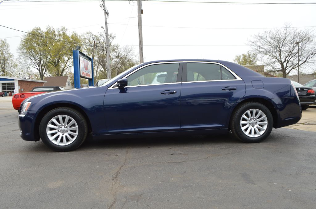 2014 CHRYSLER 300  for sale at TKP Auto Sales