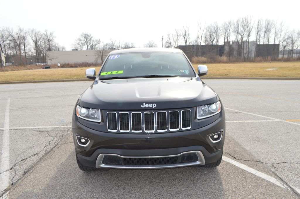 2014 JEEP GRAND CHEROKEE LIMITED for sale at TKP Auto Sales