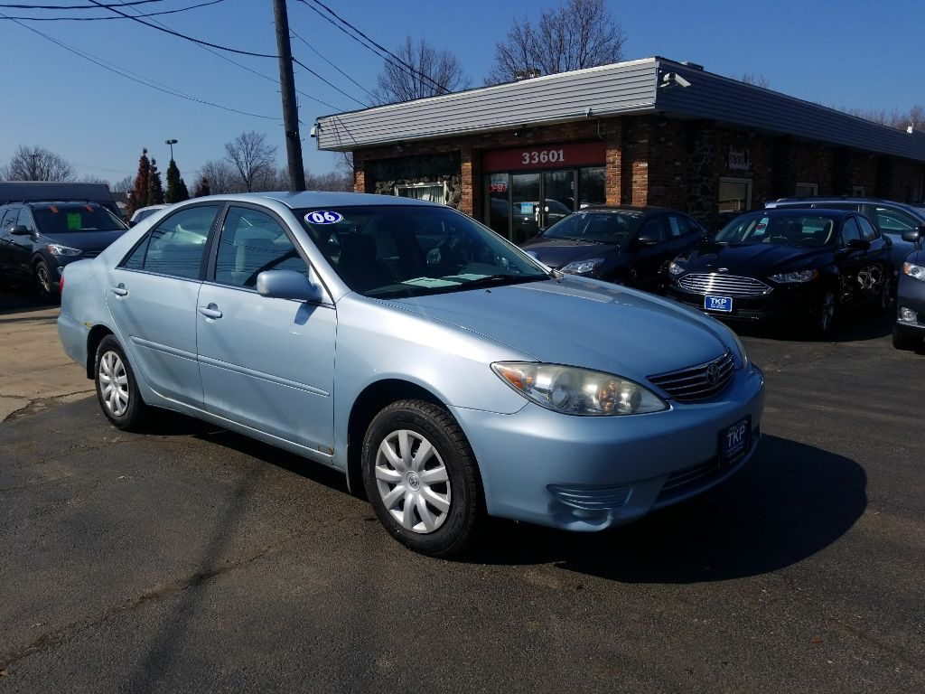 2006 TOYOTA CAMRY LE for sale at TKP Auto Sales