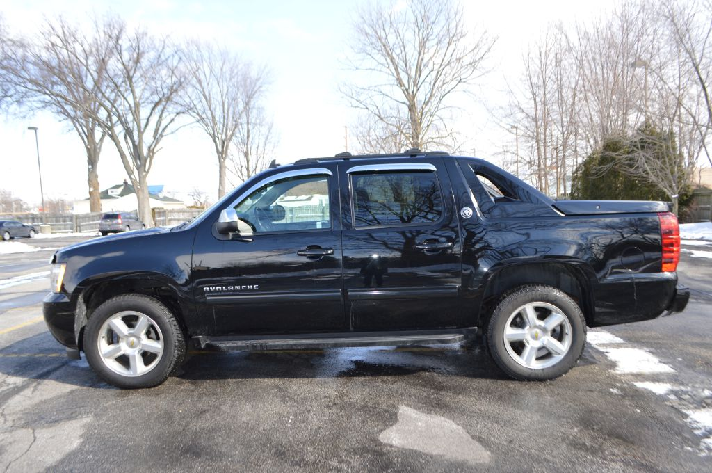 2013 CHEVROLET AVALANCHE LT for sale at TKP Auto Sales