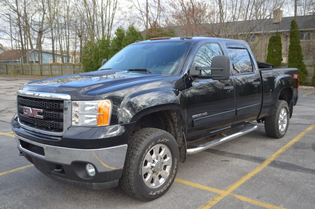 2011 GMC SIERRA for sale at TKP Auto Sales