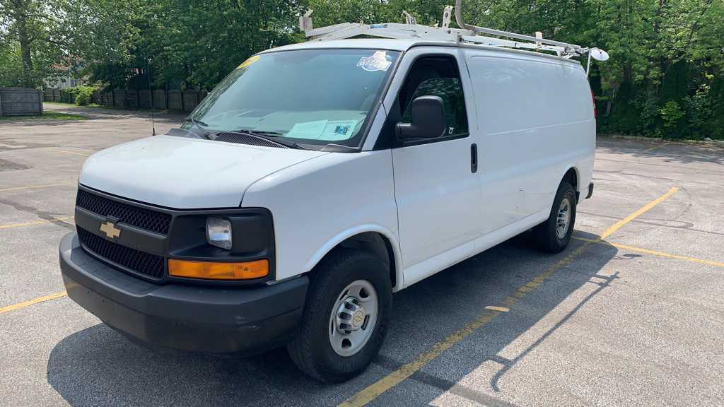 2014 CHEVROLET EXPRESS G2500  for sale in Eastlake, Ohio