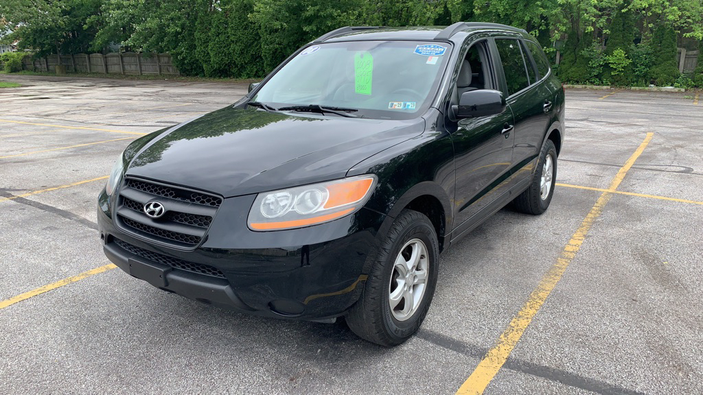 2008 HYUNDAI SANTA FE for sale at TKP Auto Sales