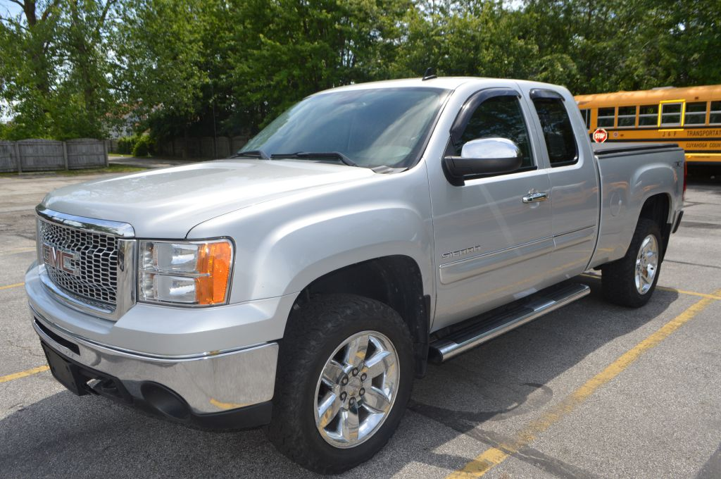 2013 GMC SIERRA for sale at TKP Auto Sales