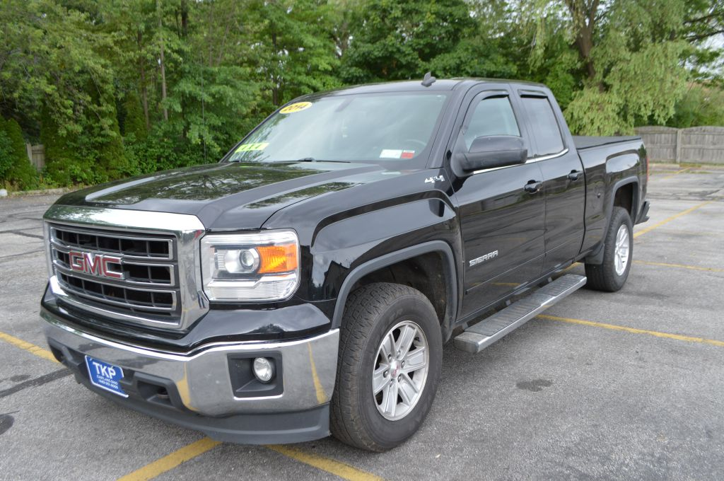 2014 GMC SIERRA for sale at TKP Auto Sales