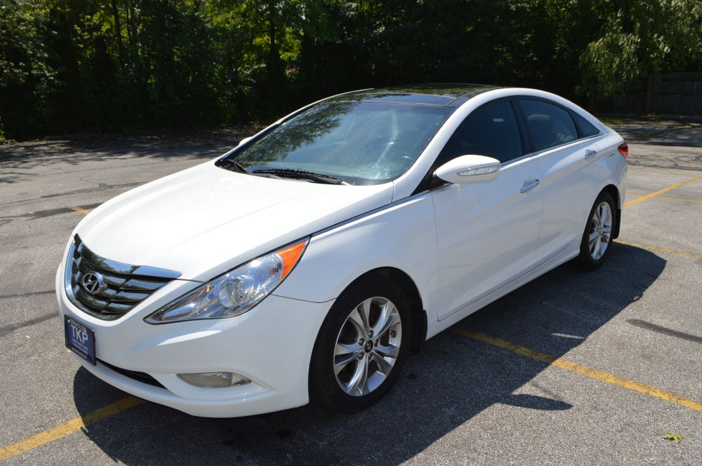 2013 HYUNDAI SONATA for sale at TKP Auto Sales