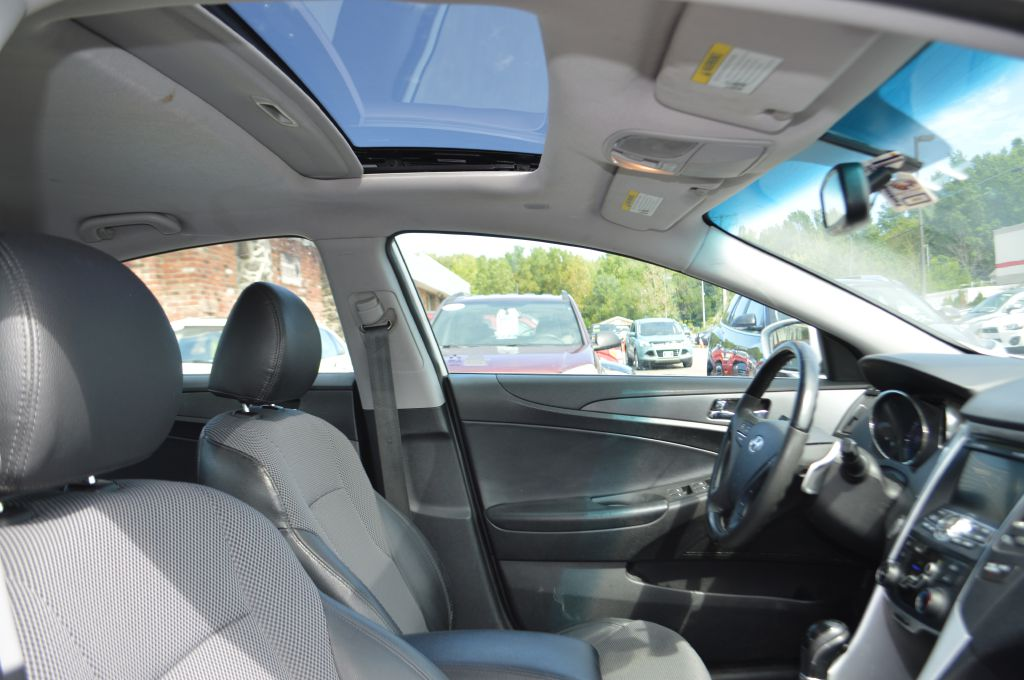 2011 HYUNDAI SONATA SE for sale at TKP Auto Sales
