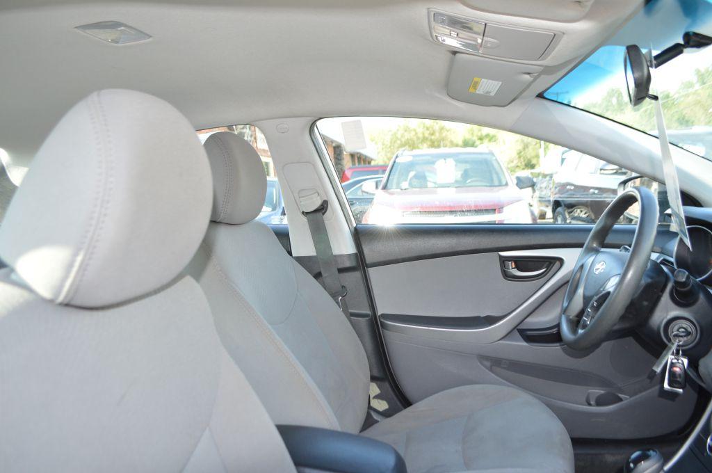 2014 HYUNDAI ELANTRA SE for sale at TKP Auto Sales