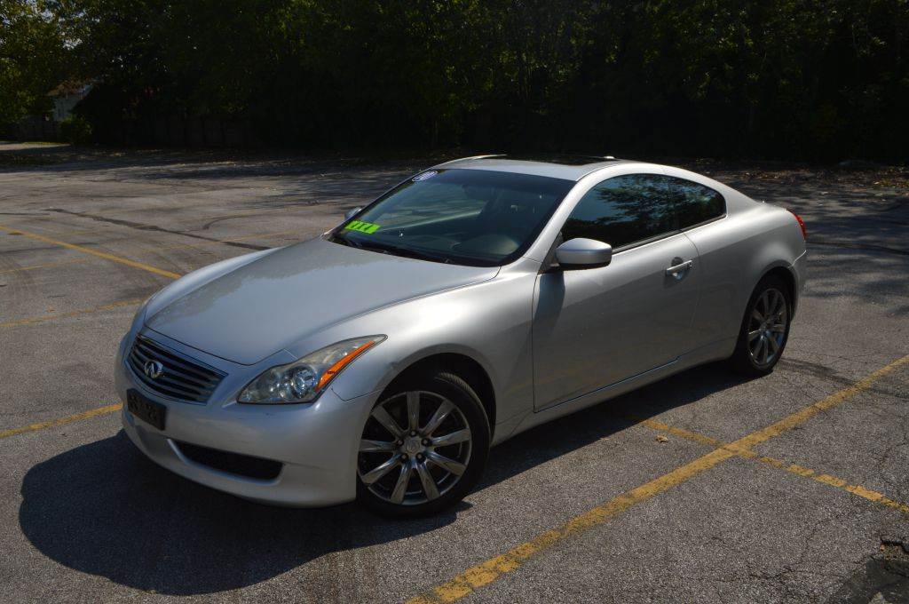 2010 INFINITI G37 for sale at TKP Auto Sales