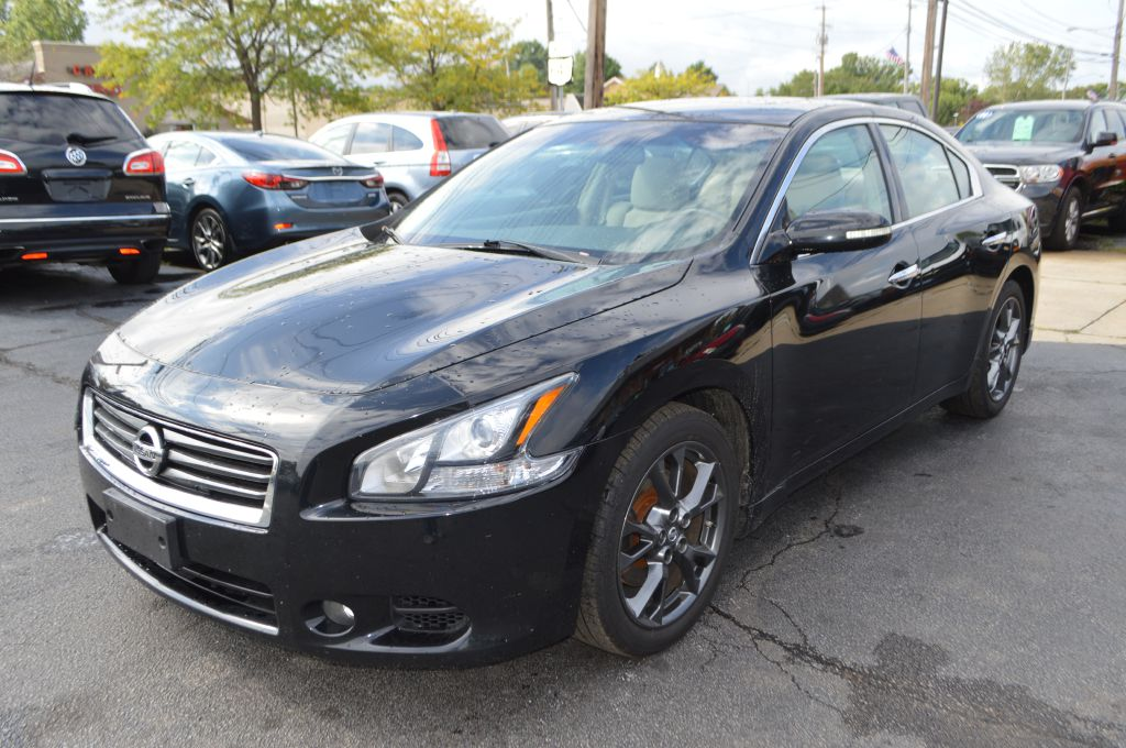 2014 NISSAN MAXIMA for sale at TKP Auto Sales