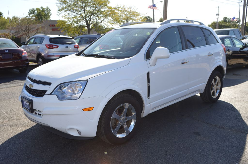 2014 CHEVROLET CAPTIVA LT for sale in Eastlake, Ohio