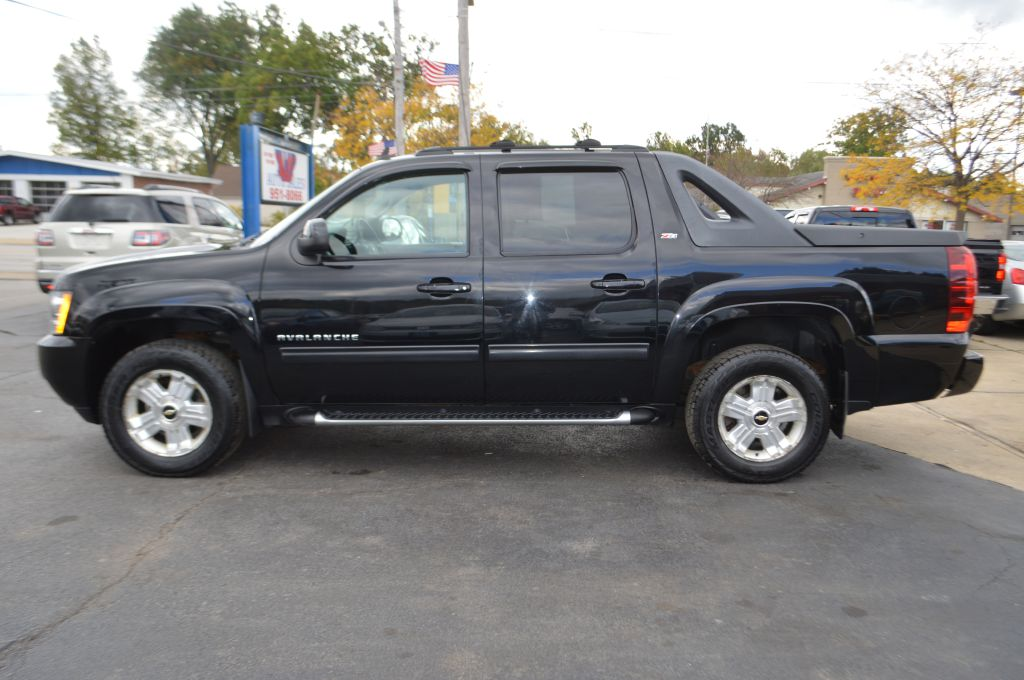2012 CHEVROLET AVALANCHE LT for sale at TKP Auto Sales
