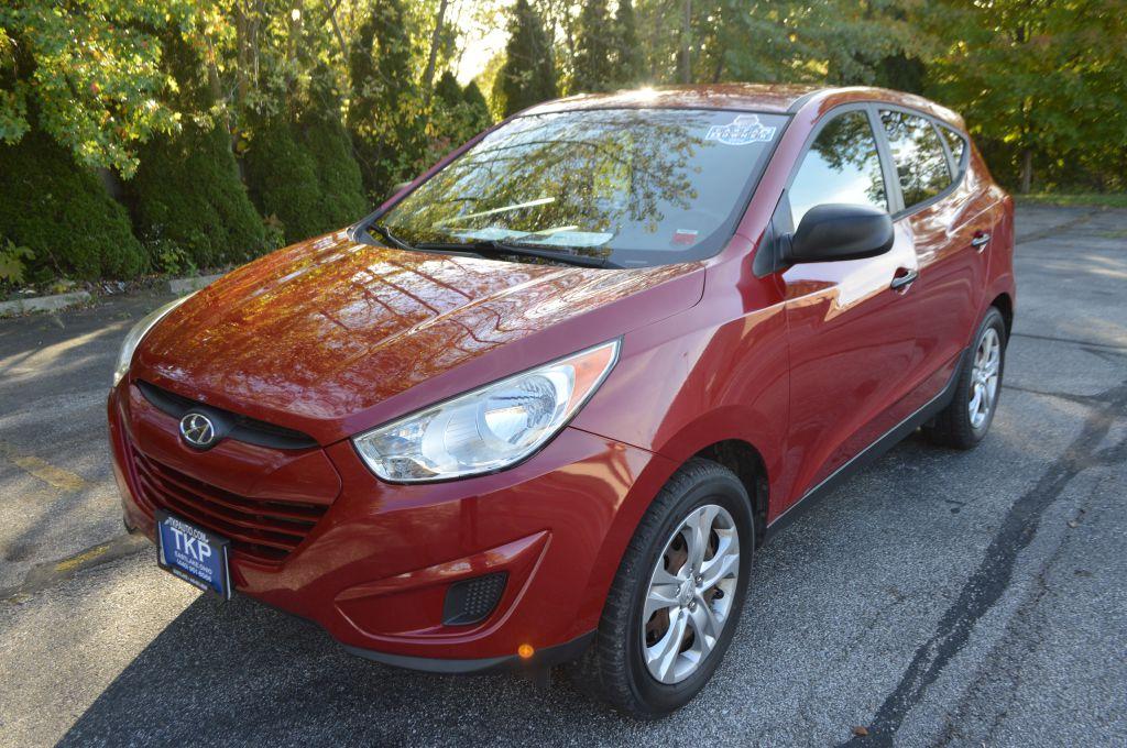 2012 HYUNDAI TUCSON for sale at TKP Auto Sales