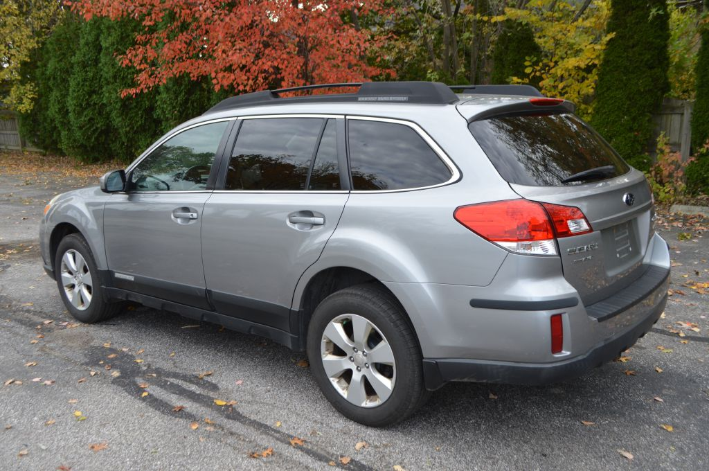 2011 SUBARU OUTBACK 2.5I PREMIUM for sale at TKP Auto Sales