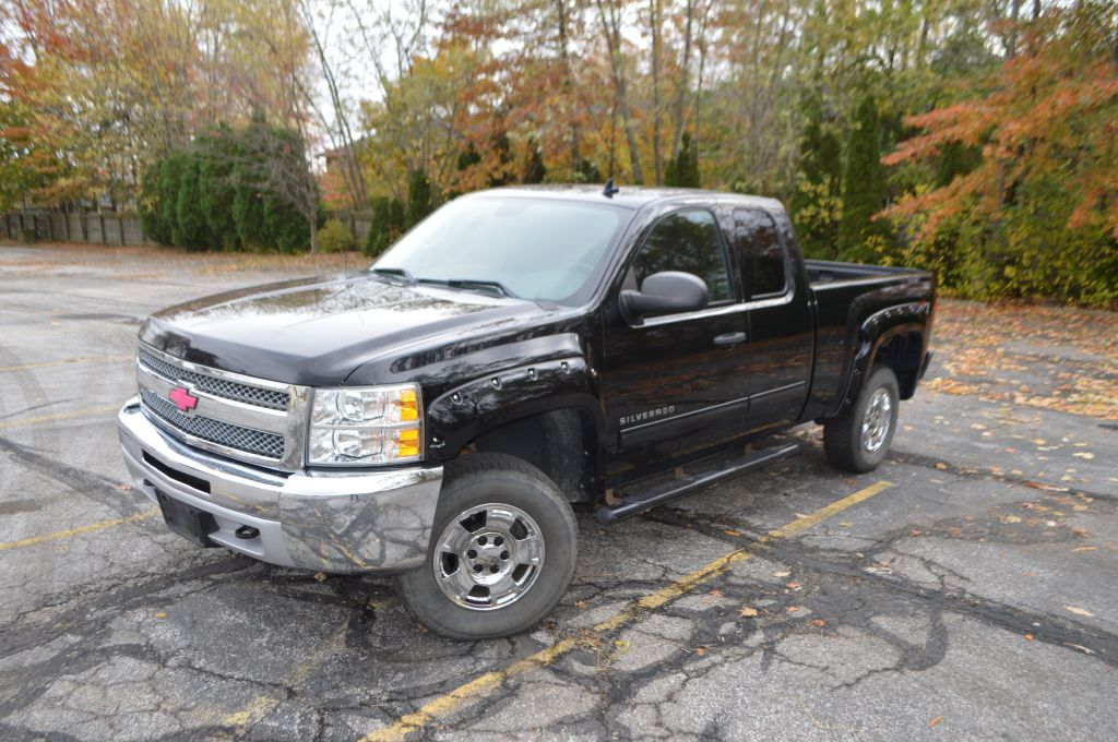 2013 CHEVROLET SILVERADO 1500 for sale at TKP Auto Sales