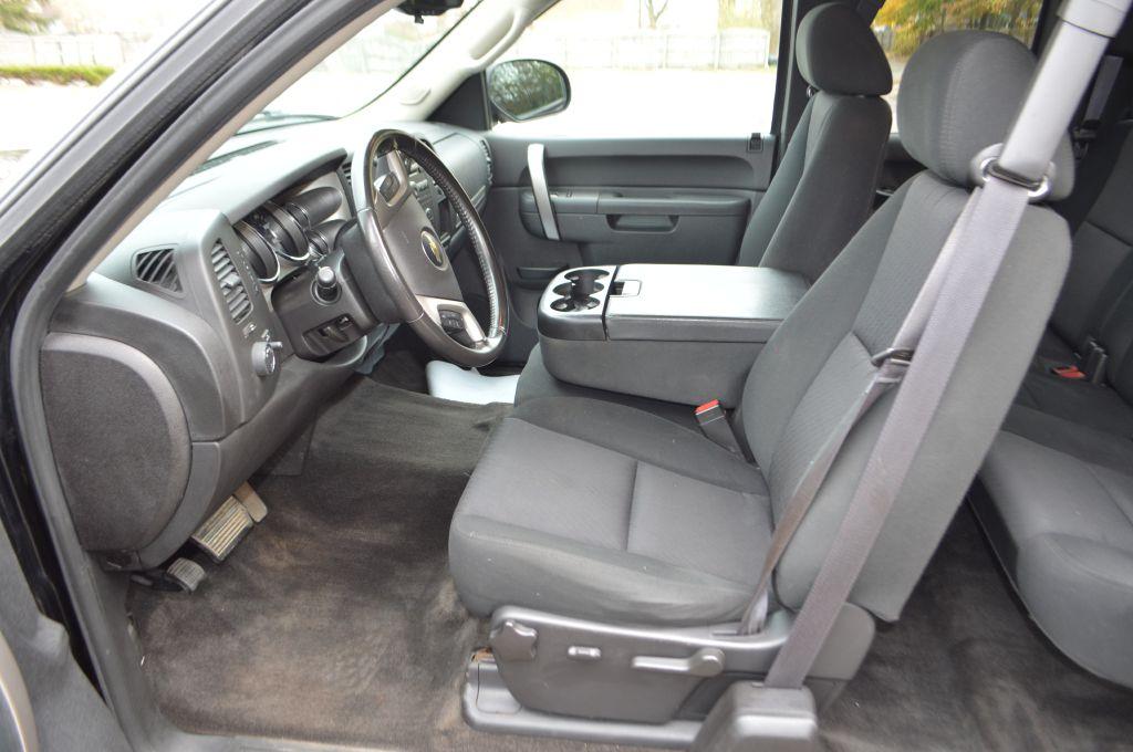 2013 CHEVROLET SILVERADO 1500 LT for sale at TKP Auto Sales