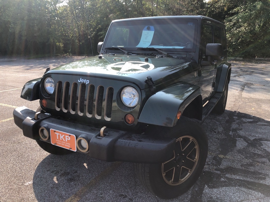 2011 JEEP WRANGLER UNLIMI SAHARA for sale in Eastlake, Ohio