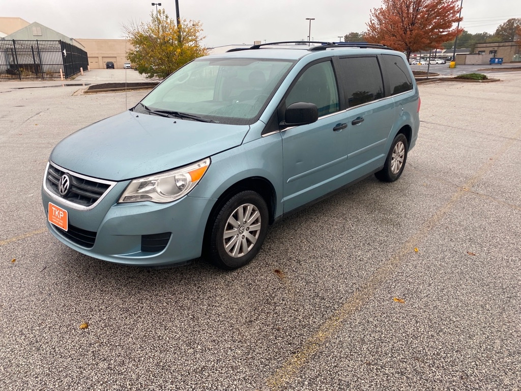 2009 VOLKSWAGEN ROUTAN S for sale in Eastlake, Ohio