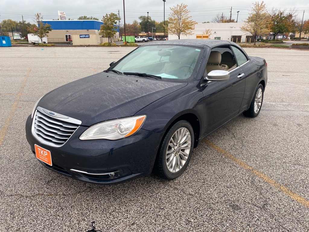 2011 CHRYSLER 200 LIMITED for sale in Eastlake, Ohio