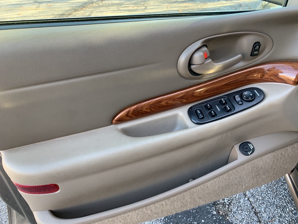 2003 BUICK LESABRE CUSTOM for sale at TKP Auto Sales