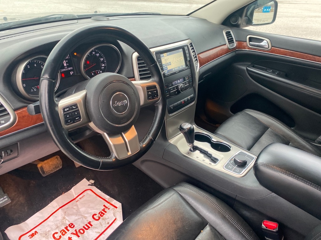 2011 JEEP GRAND CHEROKEE LIMITED for sale at TKP Auto Sales