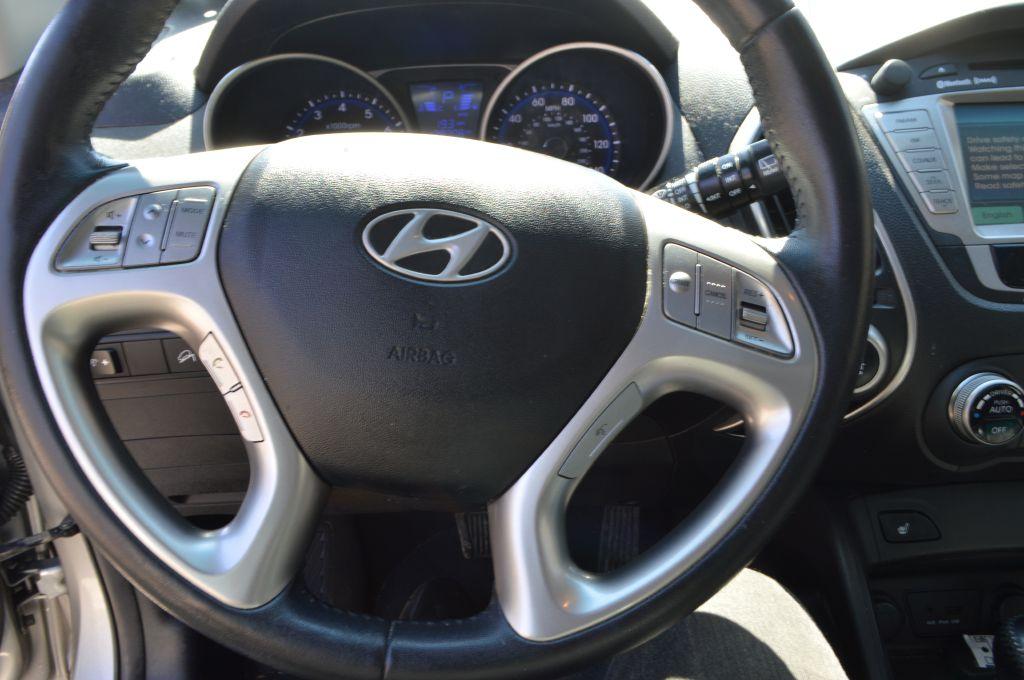 2013 HYUNDAI TUCSON GLS for sale at TKP Auto Sales