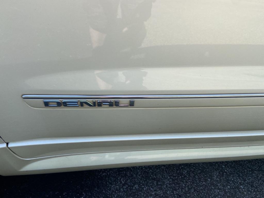2011 GMC ACADIA DENALI for sale at TKP Auto Sales
