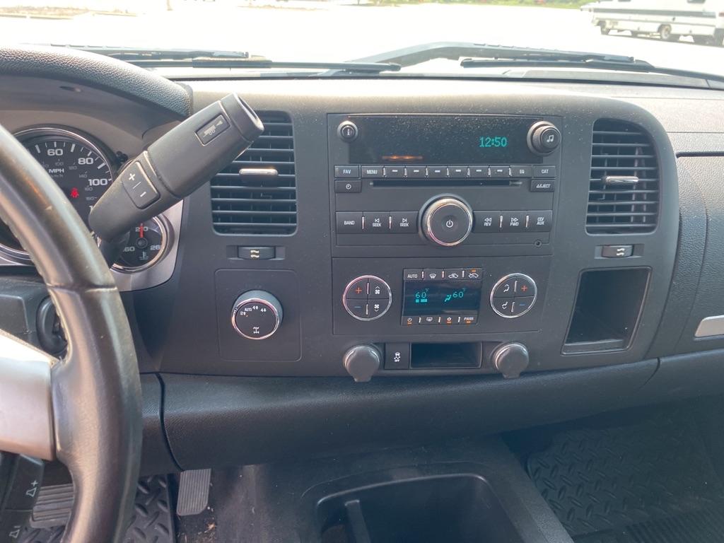 2012 CHEVROLET SILVERADO 1500 LT for sale at TKP Auto Sales