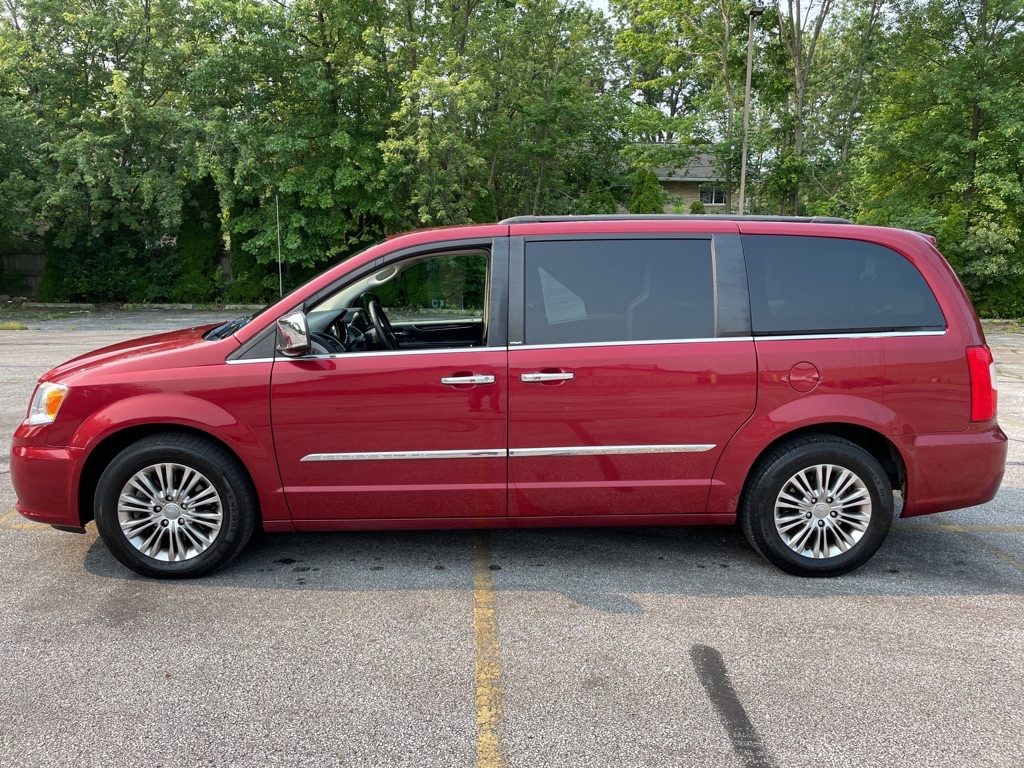 2013 CHRYSLER TOWN & COUNTRY TOURING L for sale at TKP Auto Sales