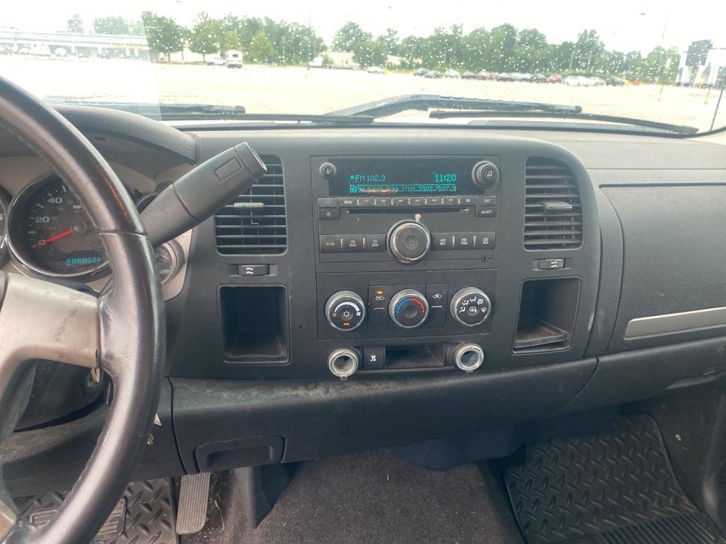 2009 CHEVROLET SILVERADO 1500 LT for sale at TKP Auto Sales