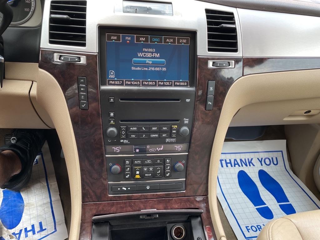 2009 CADILLAC ESCALADE LUXURY for sale at TKP Auto Sales