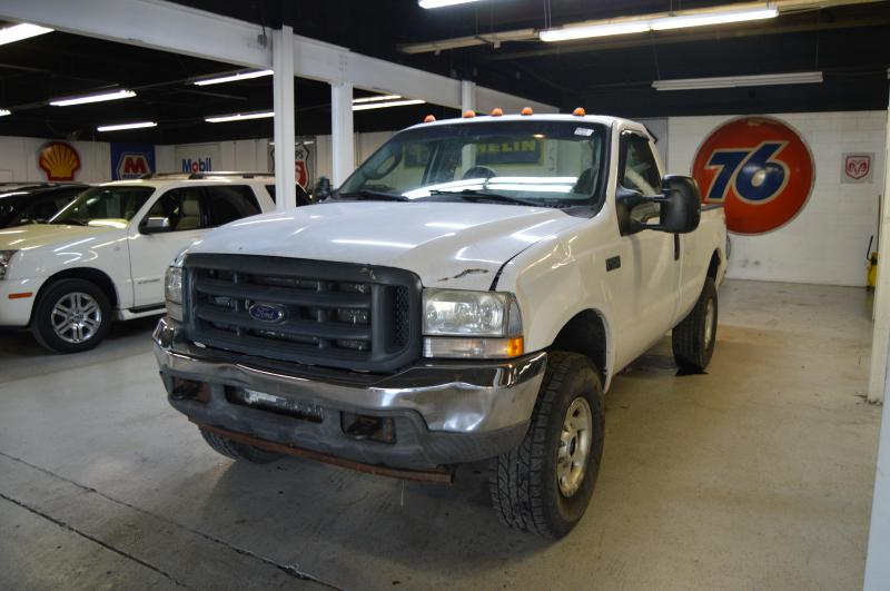 2004 FORD F250 SUPER DUTY for sale at KNH Auto Sales