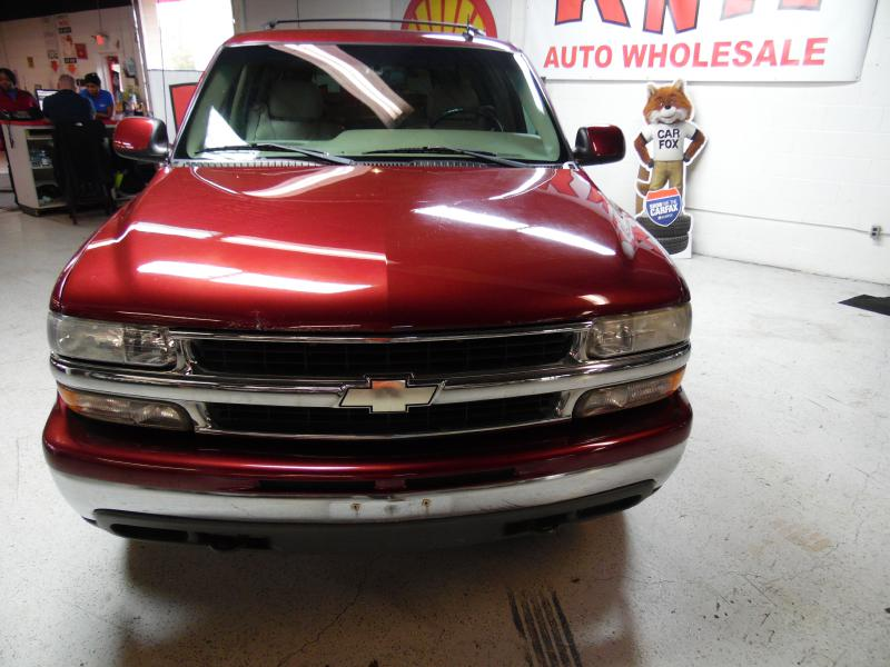 2002 CHEVROLET SUBURBAN 1500 for sale at KNH Auto Sales