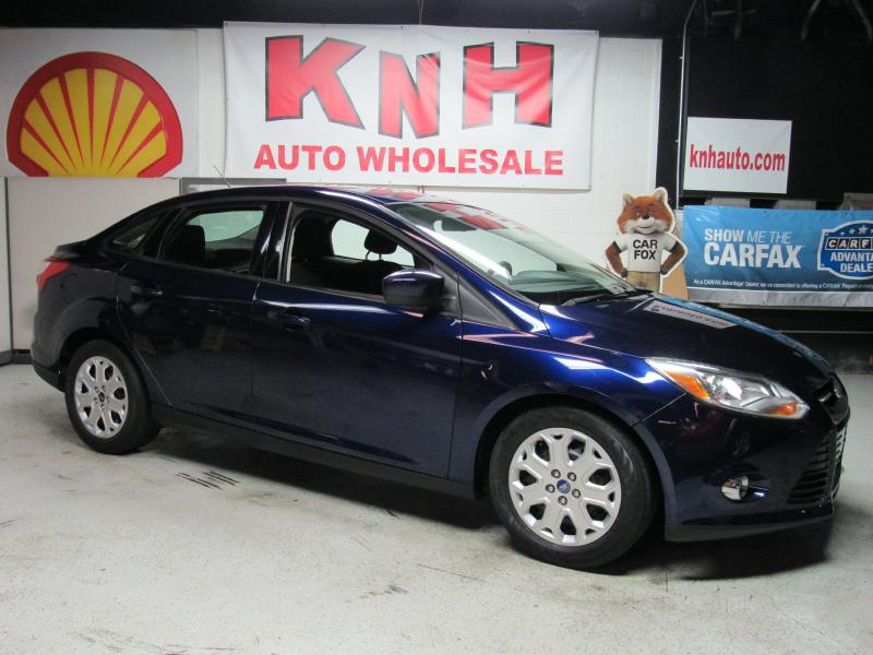 2012 FORD FOCUS SE for sale at KNH Auto Sales