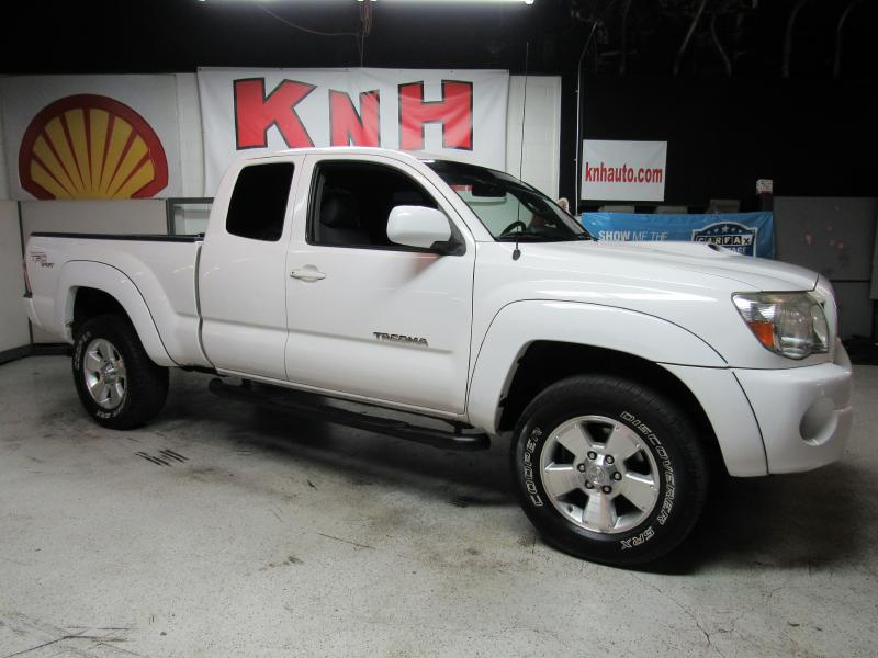 2007 TOYOTA TACOMA ACCESS CAB for sale at KNH Auto Sales