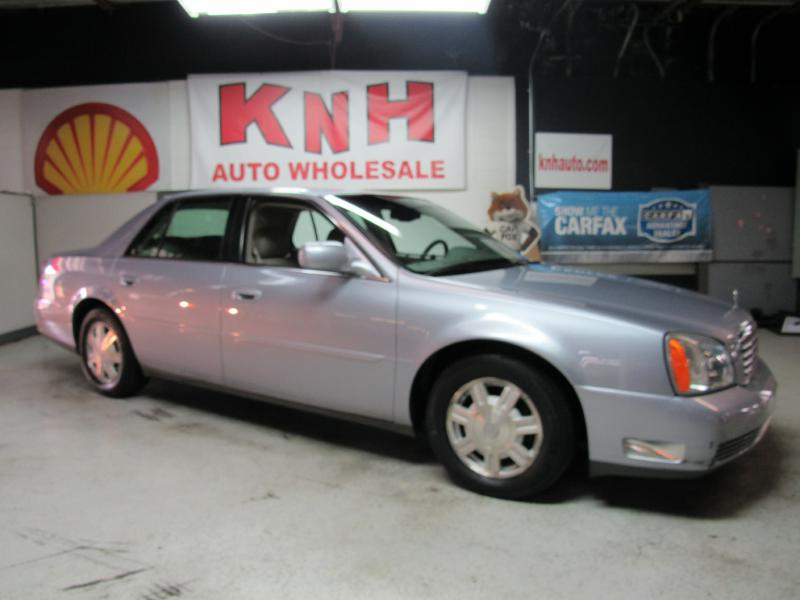 2005 CADILLAC DEVILLE  for sale at KNH Auto Sales