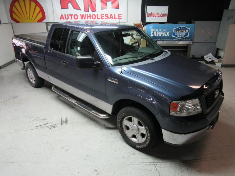 2004 FORD F150  for sale at KNH Auto Sales
