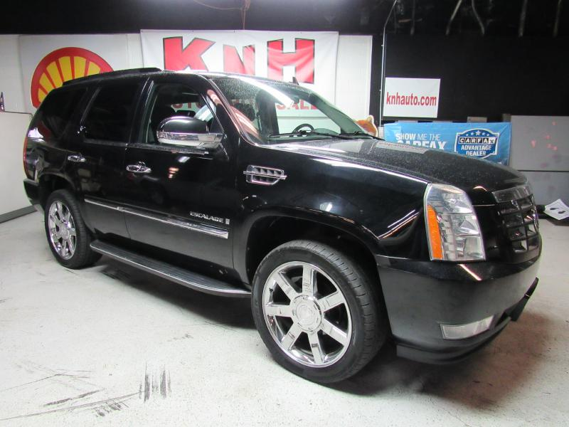 2009 CADILLAC ESCALADE SPORT for sale at KNH Auto Sales